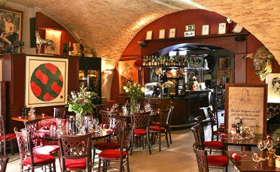 Restaurant A Nimes